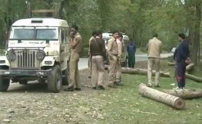 PDP leader shot dead by terrorists in pulwama