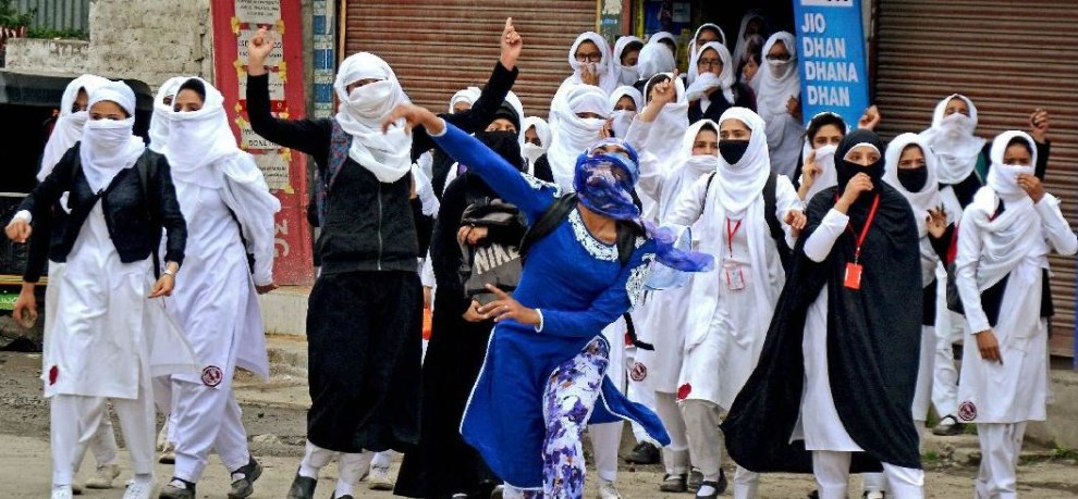 kashmir again faced a day of voilence