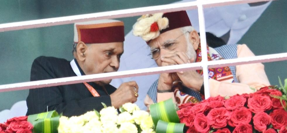 PM Modi Praised PK Dhumal Work in The Field of Mashroom in himachal.