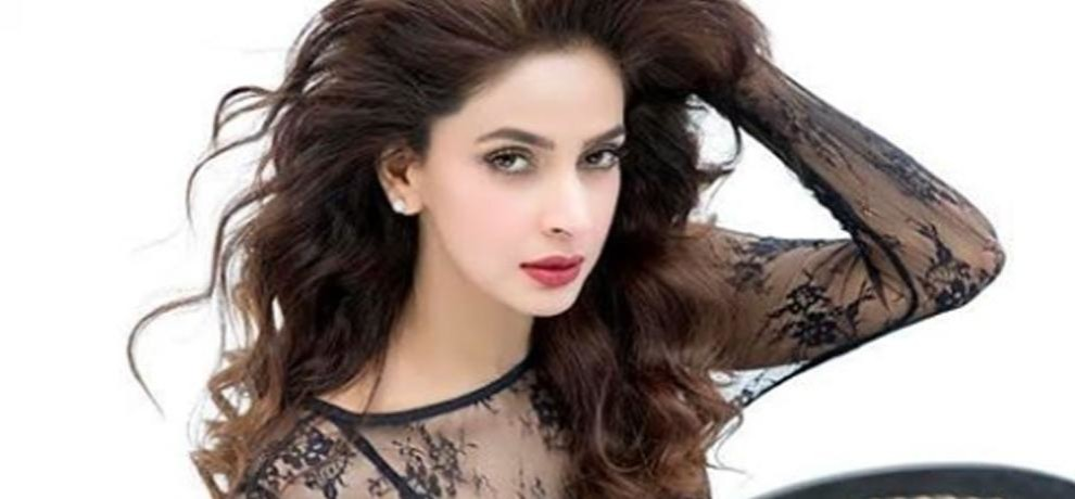 see pakistani actress saba qamar hot and bold look