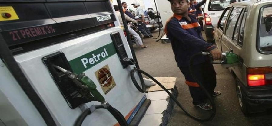 madhya pradesh government reduces vat on petrol, diesel by five percent