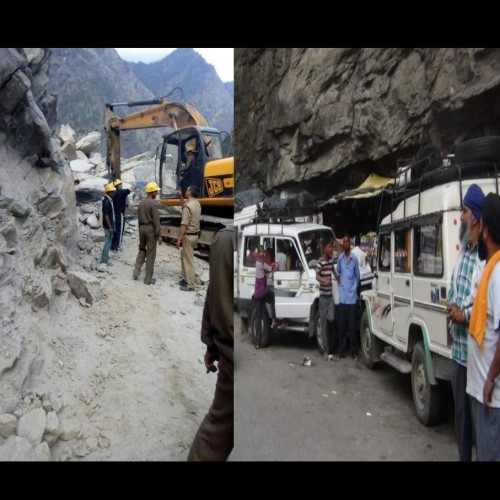 photos of  stucked  pilgrims on Badrinath highway