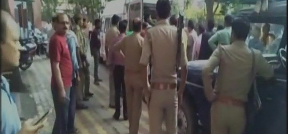 Five accused arrested in a case of two jewellers murder in Mathura
