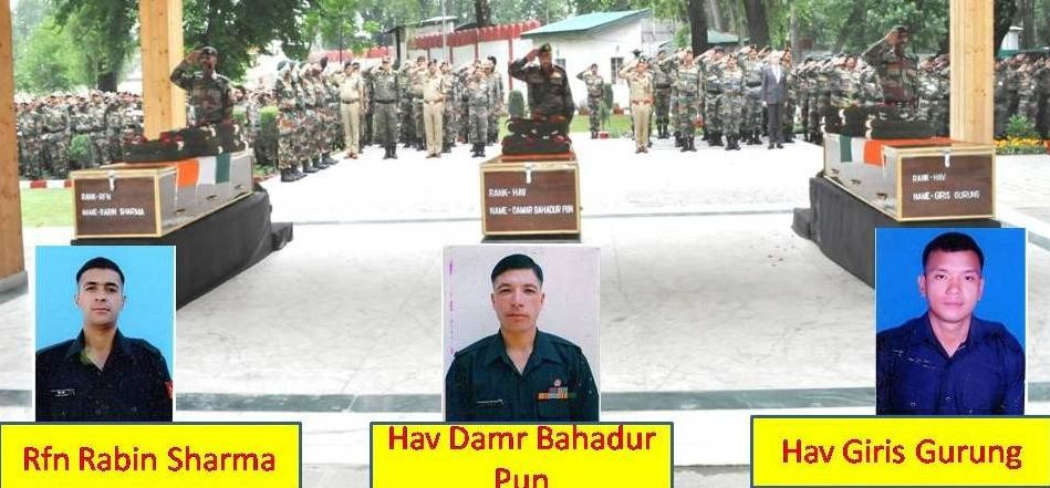 army paid tributes to martyrs of naugam