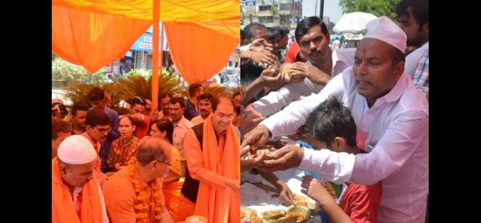 hindu muslim together celebrate bada mangal in Lucknow.