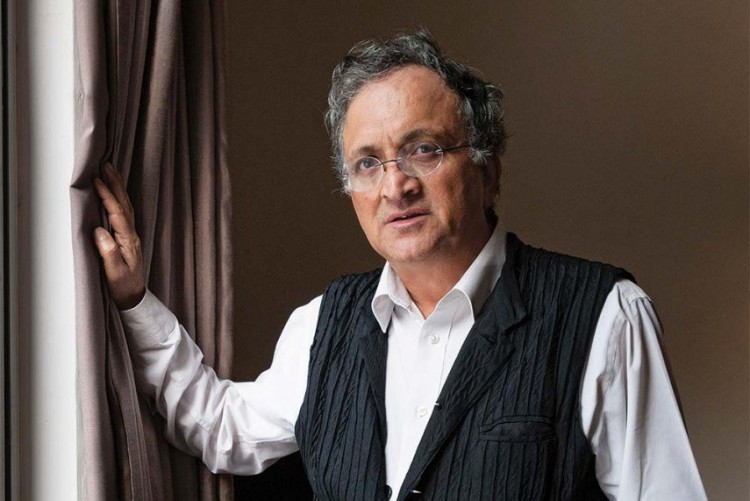 Ramachandra guha raised question on BCCI after quit