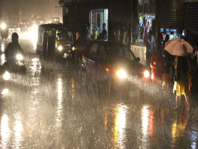 Heavy rain alert in four districts in next twenty four hours