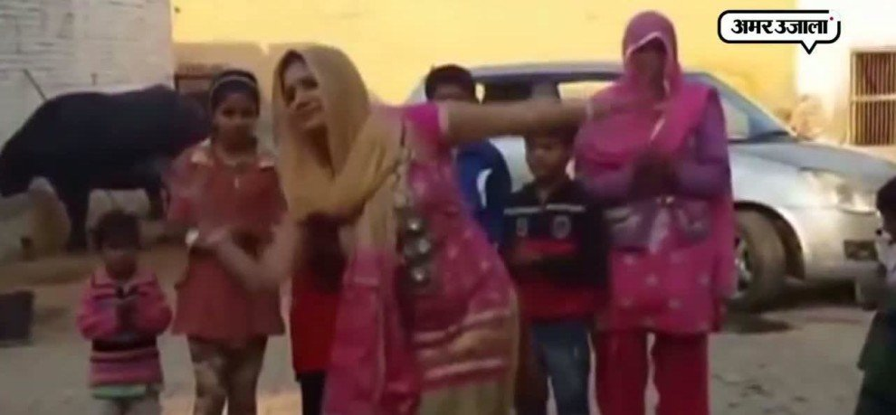 DANCE VIDEO OF SAPNA CHAUDHARI GOES VIRAL