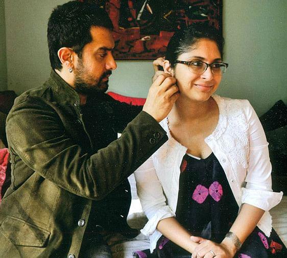 Aamir Khan And Kiran Rao Love Story Starts From Lagaan Film Set - किरण के  लिए आमिर ने पहली पत्नी को दिया था तलाक, लगान के सेट पर शुरू हुई थी लव