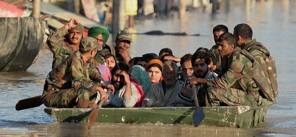 INDIAN ARMY STOOD WITH KASHMIR WHILE FLOODS