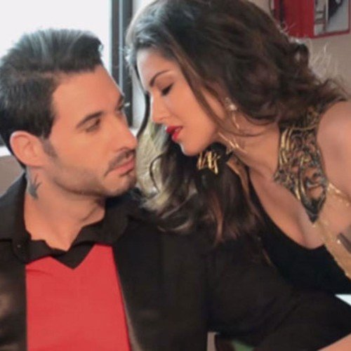 Sunny Leone Shares A Passionate Kiss With Hubby Daniel Weber on istagram