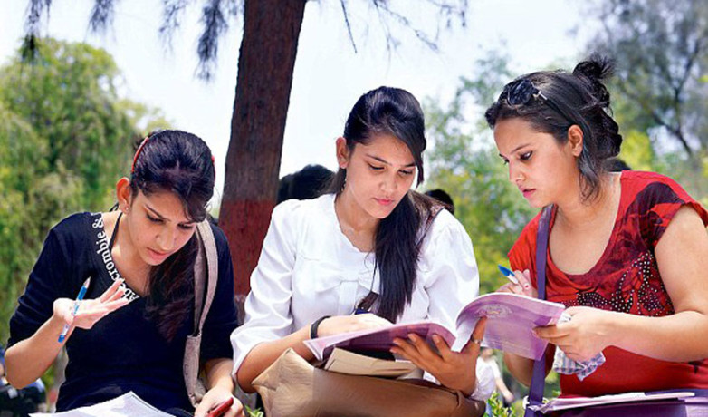 Delhi University Admissions, Tough Competition In NCWeb Admissions