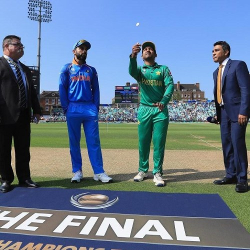 Virat Kohli changed team management decision to bat first after winning toss Champions trophy 2017