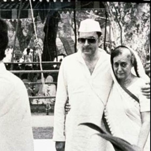 how sanjay gandhi fallen in love with 10 year younger maneka, here is the full story