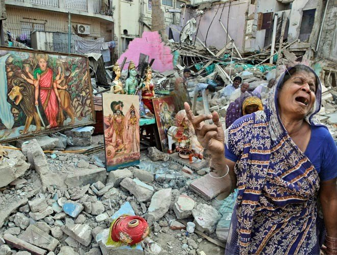 Know about pakistani hindus, what is the situation of hindu community in pakistan