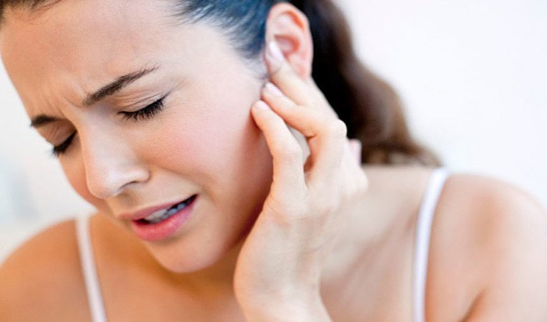 With these easy steps you can get instant relief from the pain of the ear