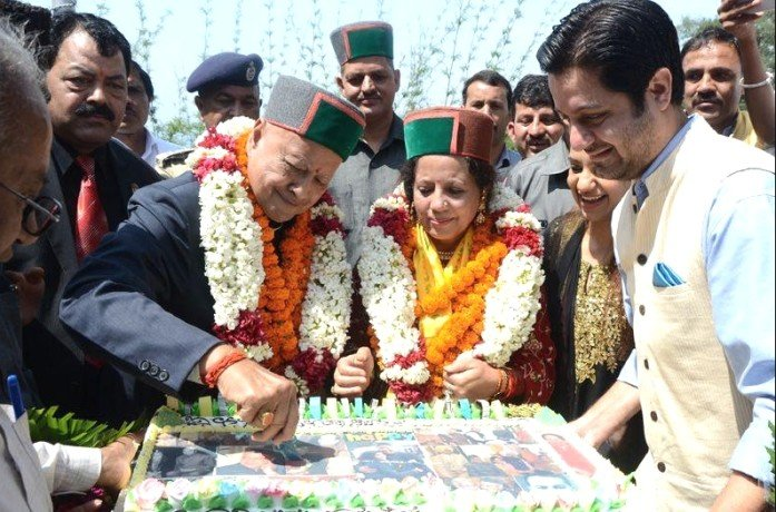 Eight Unknown Facts about Virbhadra Singh.