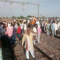 जाट आरक्षण: उग्र हो गया जाट आंदोलन, कई स्थानों पर रेललाइन क्षतिग्रस्त
