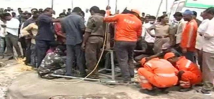 after 58 hours of rescue operation, girl body taken out of the borewell