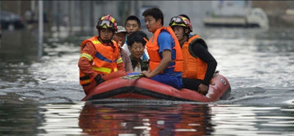 around 34 died and 4.5 lakh evacuated after landslide came in south china