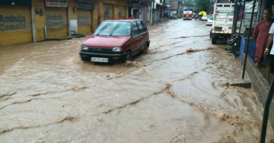 Heavy Rainfall in Himachal, Five Person Killed.