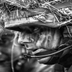 These Photos Show the rare glimpse behind the scenes of Army life