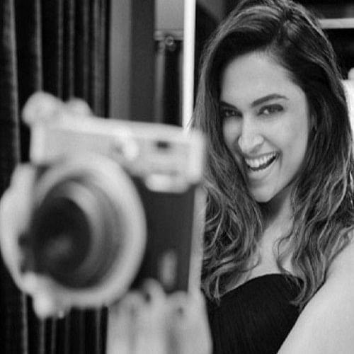 Deepika Padukon black and white photo shoot for axis bank