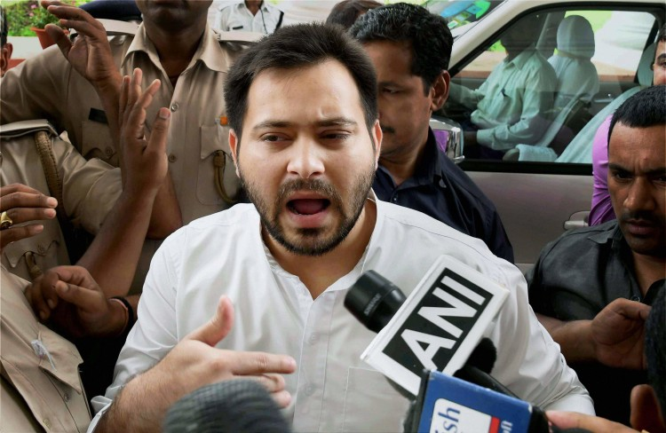 In money laundering case ED questioned 9 hours to tejaswi Yadav
