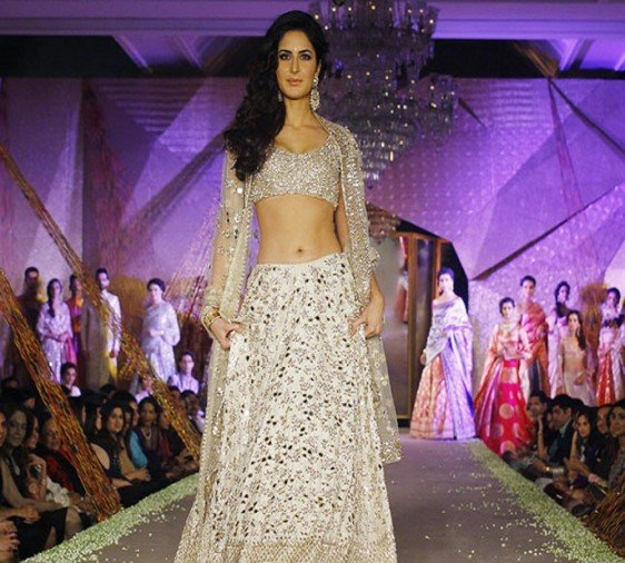 Katrina Kaif turns 33 years today, do you know these things about her