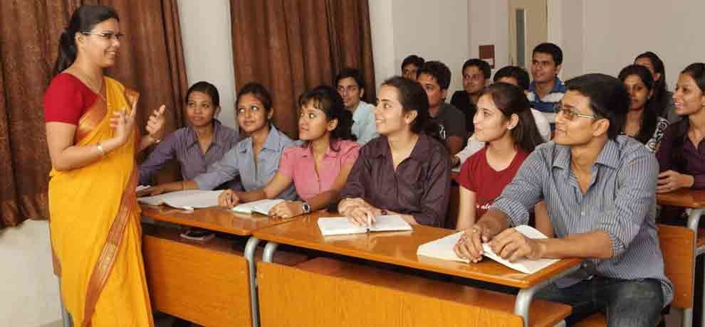 NOW ADMISSION IN JEE IS EASIER IIT PROFESSORS GIVE FREE COACHING