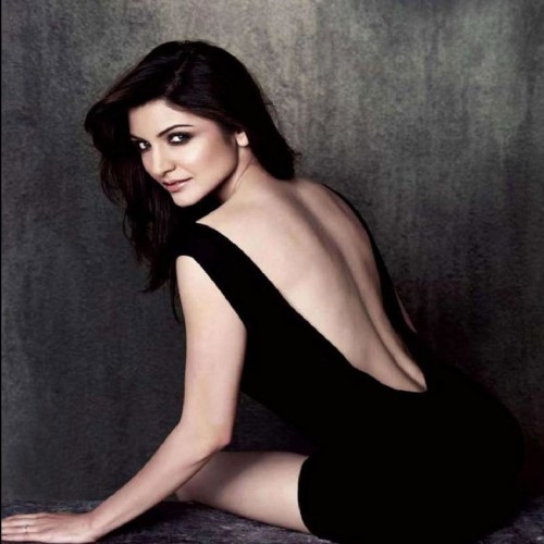 Anushka Sharma bold backless photo shoot for Filmfare cover page will blow your mind!