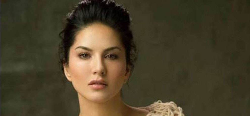 sunny leone becomes co owner of kerala cobras