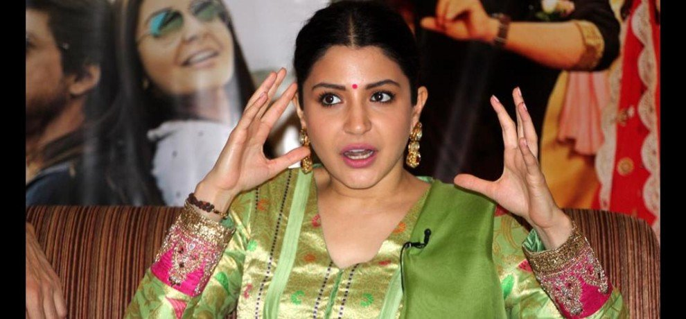 anushka sharma is happy for women wrestling in varanasi