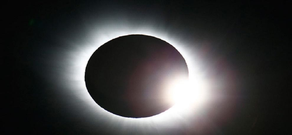 full solar eclipse falls on 21 august 2017 nasa will be broadcast live