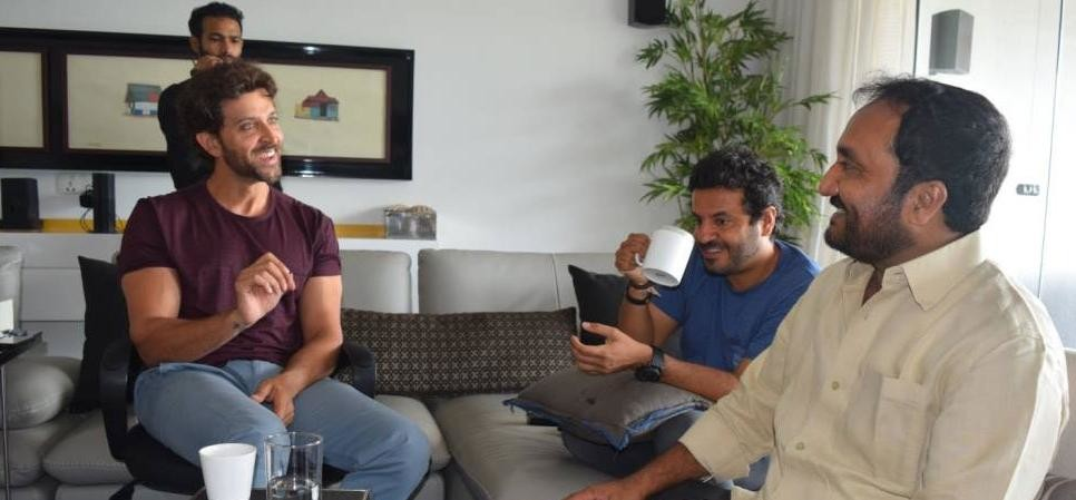 Confirmed Hrithik Roshan Will Portray The Role Of Mathematician Anand Kumar In Vikas Bahl Next