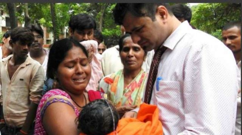 gorakhpur tragedy dr. kafeel a hero or a criminal viral on social media