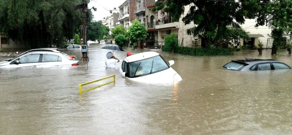 heavy rain fall in chandigarh, city news