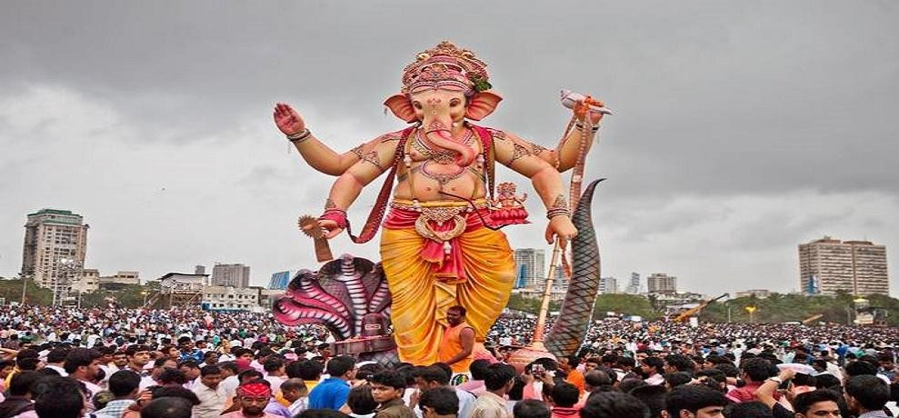 top ganesh chaturthi songs best devotional hindi songs and bhajans to celebrate ganesh chaturthi