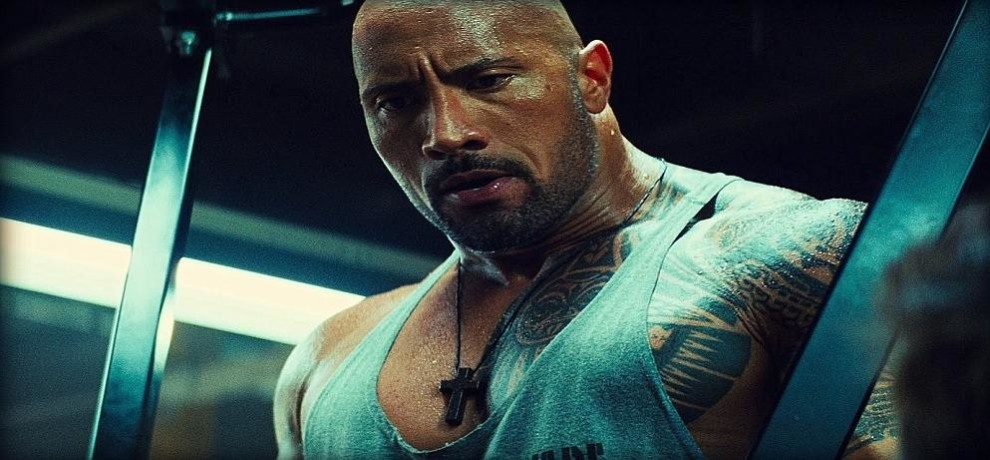 The Rock's Role in San Andreas Just Helped a 10-Year-Old Boy Save his brother's Life