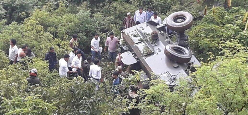 army vehicle got accident in reasi district of jammu and kashmir