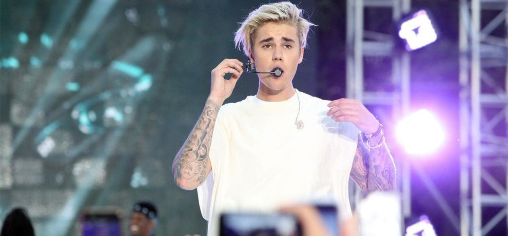 Justin Bieber: Singer is now Second Most Followed Artist on Twitter, reaches 100 million milestone