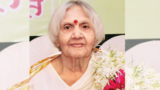 activist and marathi poetess who introduced haiku in Marathi died