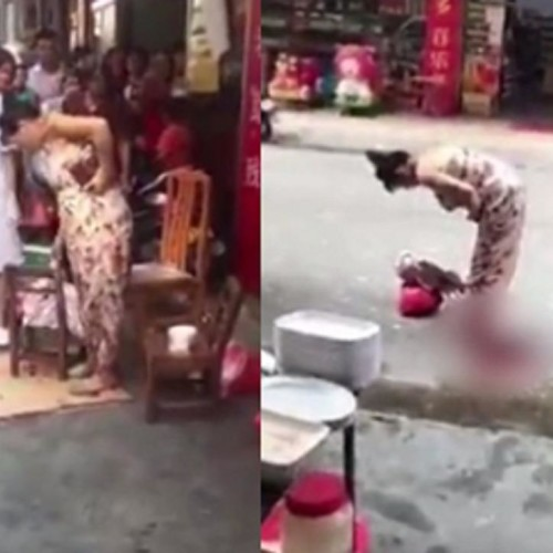 Women gave birth to child while shopping in market at Yunfu in southern China