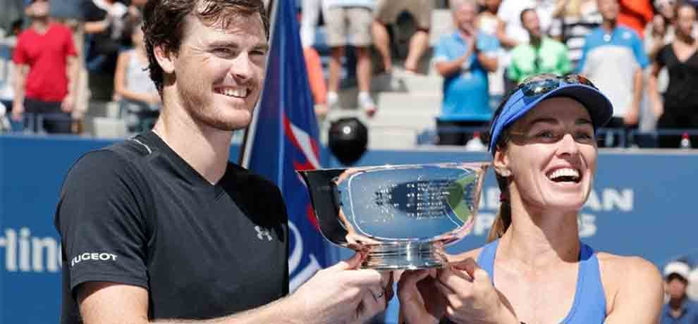 Hingis and Jamie Murray win mixed doubles title