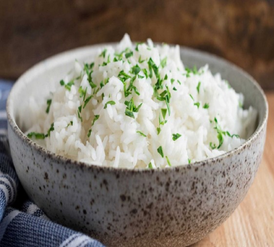 having white rice on regular basis will increase these 5 risk