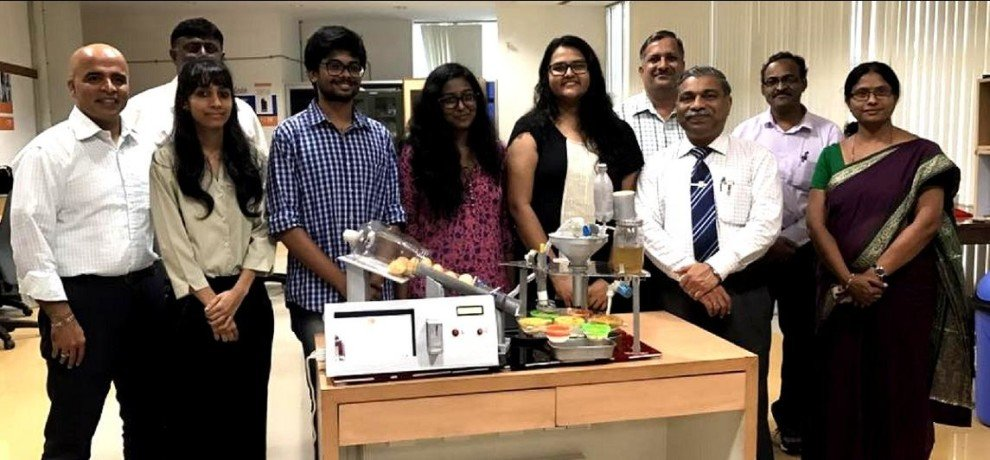 Manipal Students Design a Paani Puri Dispensing Machine