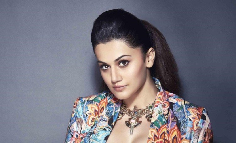 judwaa 2 actress taapsee pannu replied trollers for her bikini photo over social media