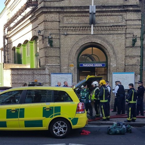 photos of london underground train blast