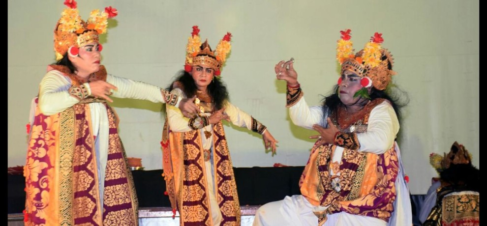Muslim artists from Indonesia performed Ram leela in Ayodhya
