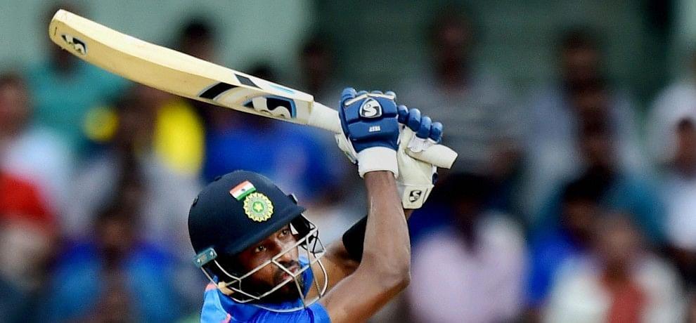 फिर दिखा पांड्या का तूफान, अंतरराष्ट्रीय क्रिकेट में चौथी बार लगाई छक्कों की हैट्रिक